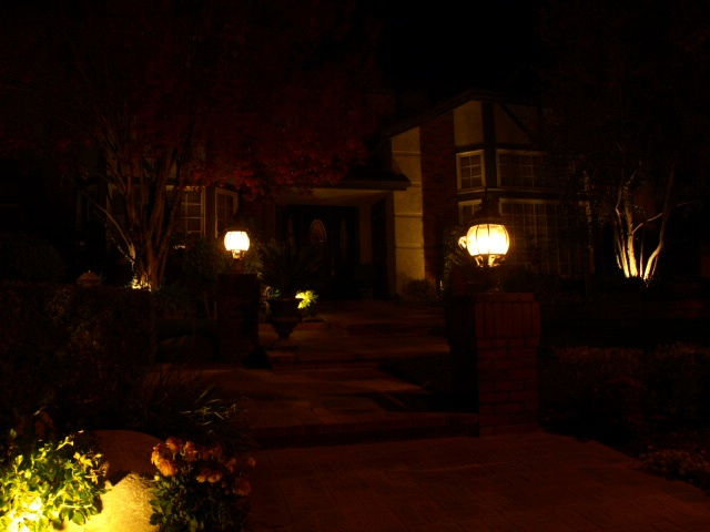 Conejo Valley Landscape Lighting Entrance